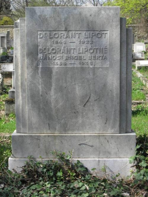 A Lóránt házaspár síremléke a pécsi zsidó temetőben. A kép  kattintással nagyobbítható.)