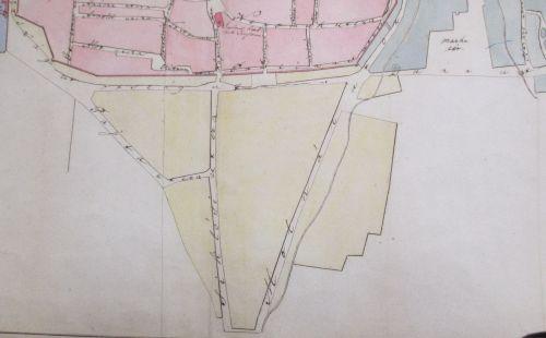 A Siklósi külváros az 1840-es években. A Molnár utcával közel párhuzamosan a Tettye patak egyik ága is. (Kattintással nagyítható.)